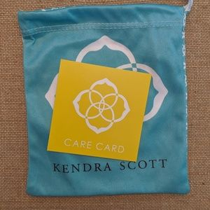 Kendra Scott Jewelry - Kendra Scott Phara Gold Necklace